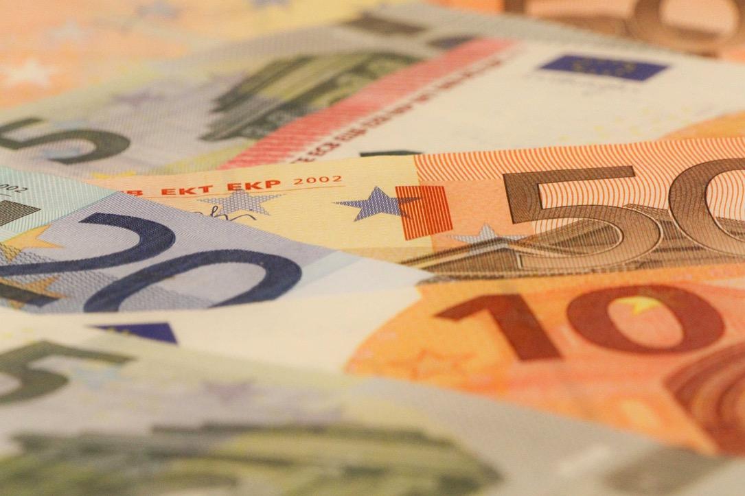 gehalt Geld money Stats